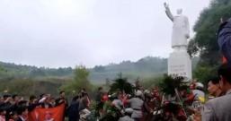 面对牺牲了一切的毛泽东——纪念毛主席逝世42周年