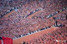 超级震撼!25万朝鲜人民欢迎的场面,仿佛回到了毛时代!